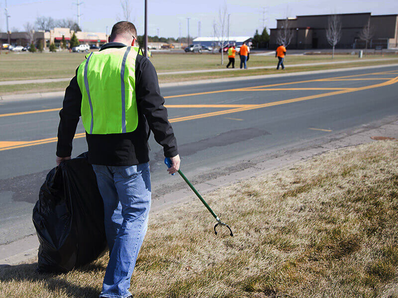 Related Photo: DSTI Employees Celebrate Earth Day with Community Clean-Up Event