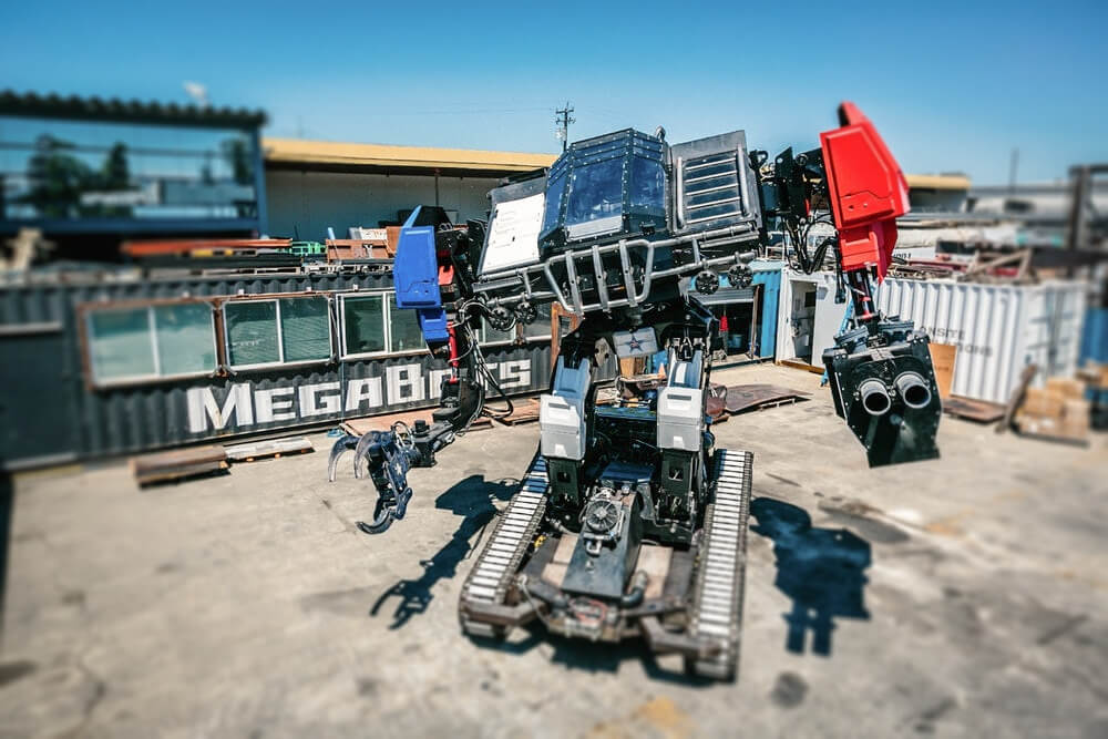 Related Photo: MegaBots and DSTI Team Up to Build Giant Fighting Robots