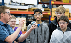 DSTI Hosts Brooklyn Junior High STEM Students For Manufacturing Tour